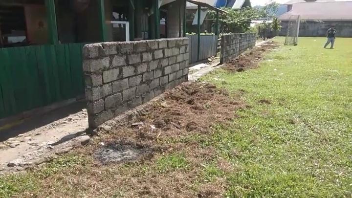 Tak Kunjung Selesai, Pembangunan Lapangan Bola Lubuk Begalung TA 2015 Menuai Sorotan