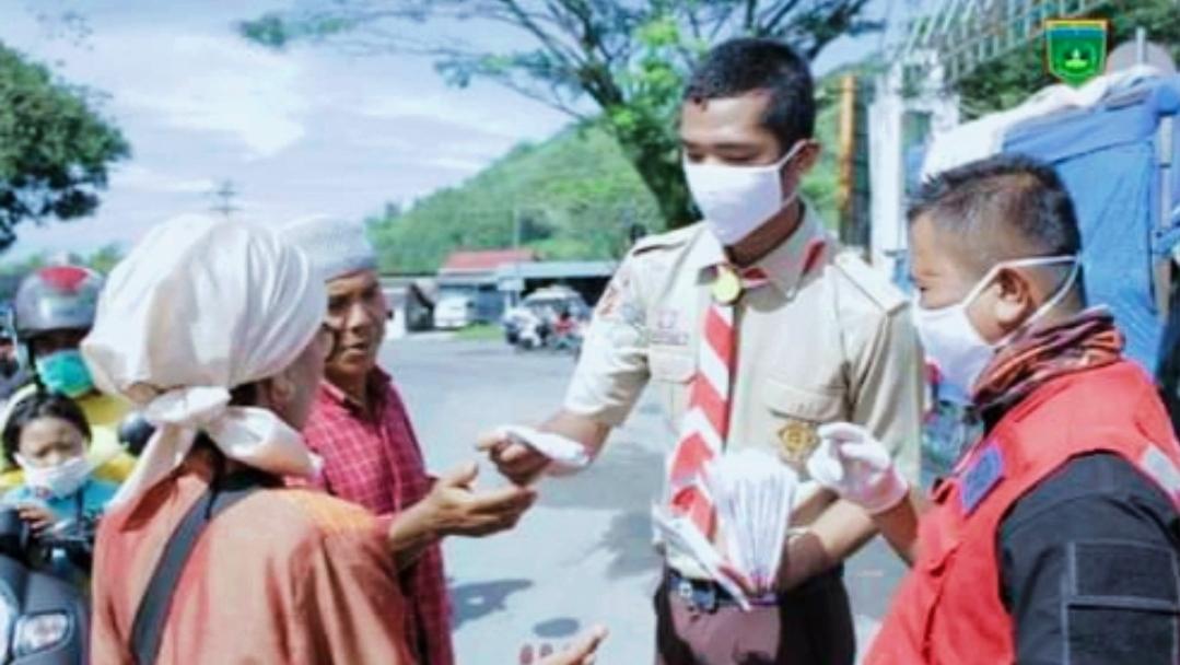 Aksi Derap Covid-19 Kota Padang Panjang Kampanyekan 3 M Kepada Masyarakat