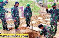 Kasrem 032/Wbr Lakukan Peletakan Batu Pertama Masjid Almujahidin Kodim 0319/Mentawai