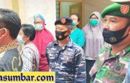 Ibu Hamil dan Pasien Positif di rujuk ke RSUD Mentawai, Koramil Sikakap Lakukan Pendampingan