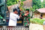 Penyerahan Bibit Cengkeh, Dispangtan Mentawai di Dampingi Babinramil 03/Sipora