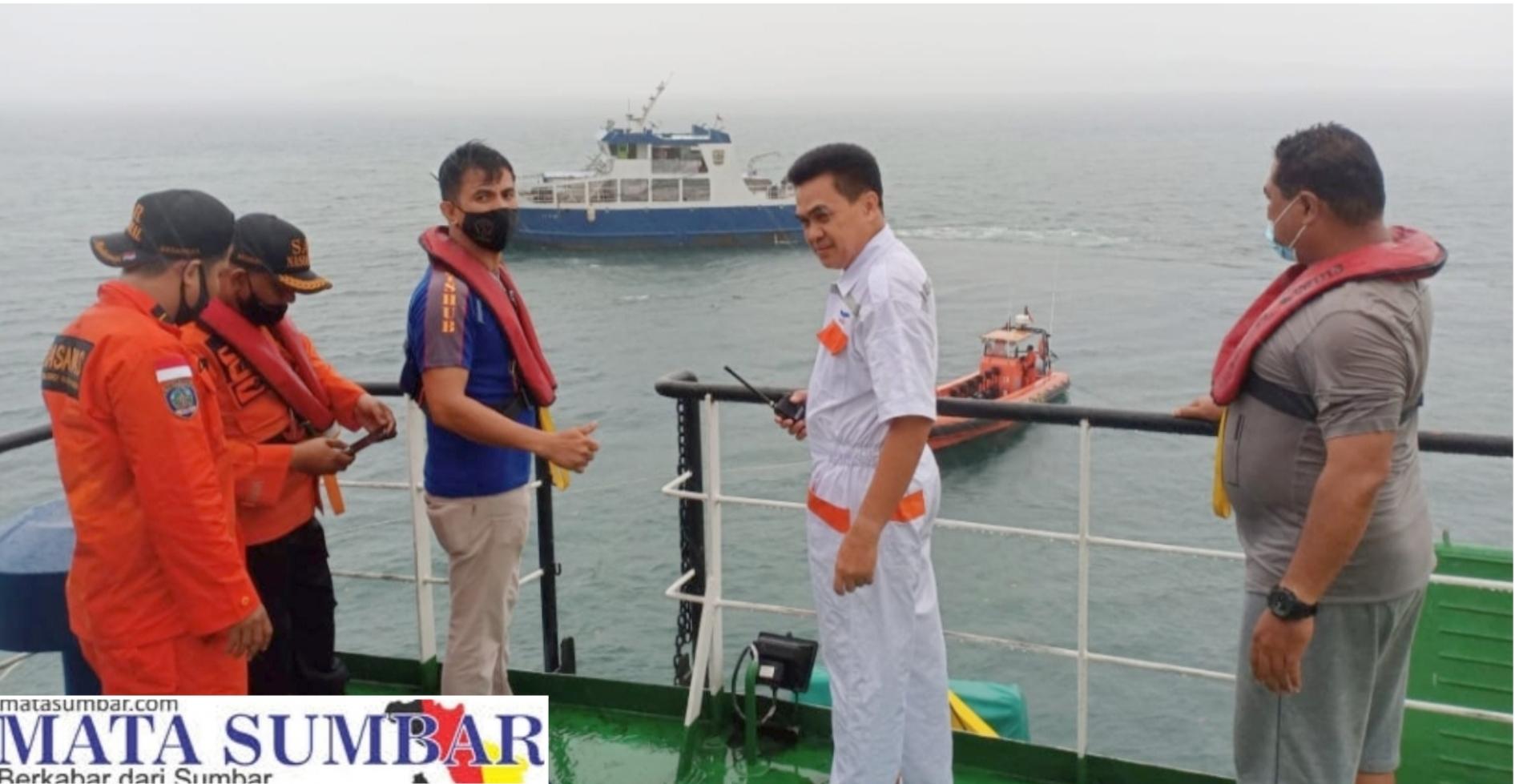 KMP Gambolo Kandas di Teluk Tuapejat, Dua Penumpang Berhasil di Evakuasi