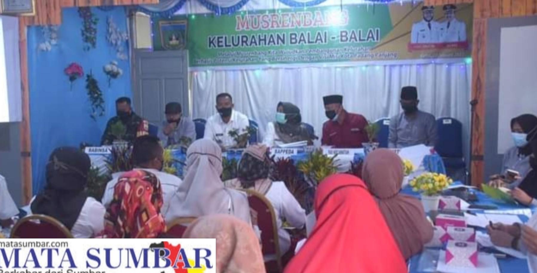 Musrenbang Kelurahan Balai-Balai Sediakan Puluhan Dooprice Bagi Masyarakat Yang Hadir