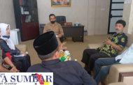 Bahas Persoalan Musholla, LSM-FKP Sambangi Komisi III DPRD Padang Panjang