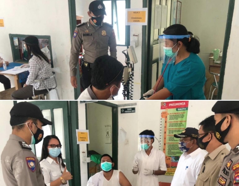 Polsek Sikakap Kawal Pelaksanaan Vaksinasi di Empat Puskesmas