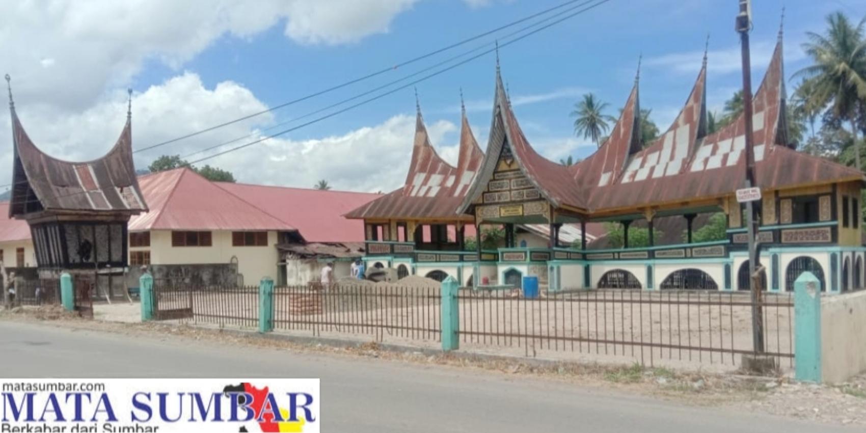 Lestarikan Adat dan Budaya, Ninik Mamak Nagari Limbanang Rehab Balai Adat