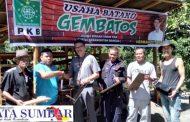 Dukung Usaha Masyarakat, Herman Baher Berikan Bantuan Alat Cetak Batako