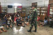 Disela Kesibukan, Praka Josua Luangkan Waktu Sosialisasikan Penerimaan Anggota TNI-AD Tahun 2021