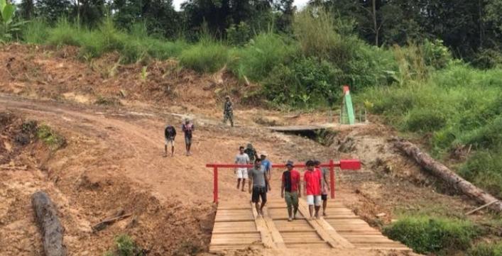 Jembatan di Bangun Satgas TMMD Memberikan Dampak Bagi Warga