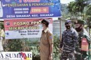 Babinsa Bersama Forkopimca Pantau Pos PPKM di Desa Sikakap