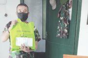 Personel Terima Parcel Lebaran Dari Komandan Kodim 0319/Mentawai