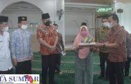 Program ASN Peduli, Karyawan dan Honorer Kauman Muhammadiyah Terima 132 Paket Sembako