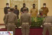 Penghormatan Terakhir, Suasana Haru Selimuti Pelepasan Jenazah Anggota DPRD Erizal