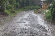 Bupati Pasbar Targetkan Pembangunan Jalan di Tiga Lokasi