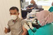 Demi Kenyamanan Pengunjung, 52 Crew Mifan Water Park Lakukan Vaksinasi Covid-19