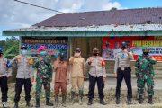 Babinsa Sikakap Lakukan Pengecekan Pos PPKM di Desa Betumoga