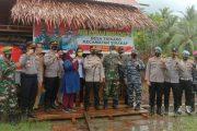 Kapolsek Sikakap Dampingi Kapolres dan Dandim Cek Kesiapan Pilkades Serta Pokso PPKM di Tiga desa