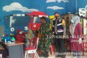 Pastikan Berjalan Tertib, Babinsa 03/Jurai Dampingi Masyarakat Pedagang Jalani Vaksinasi