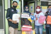 DPD Pekat IB Kota Padang Bersama ACT Wilayah Sumbar Serahkan APD di Puskesmas Lubuk Buaya