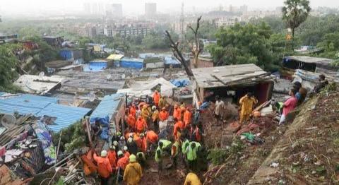 Banjir dan Tanah Longsor di India Mumbai Setidaknya Ratusan Orang Meninggal Dunia