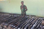 Perdana Penugasan Operasi di Perbatasan, Satgas Pamtas Yonarmed 6/3 Kostrad Berhasil Amankan 100 Pucuk Senjata Rakitan