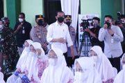 Kapolri Dampingi Presiden Tinjau Vaksinasi Merdeka di Ponpes dan Tempat Ibadah Se-Indonesia