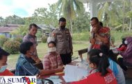 Capaian Vaksinasi Terus di Tingkatkan, Polsek Sipora Gelar Vaksinasi TNI-Polri di Desa Matobe