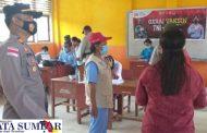 Polsek Sikakap Targetkan Capaian Vaksinasi Khusus SMA dan SMP Rampung 100 Persen
