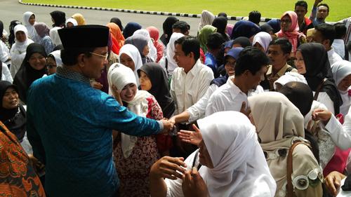 Tidak Mendapat Gaji, Tenaga Sukarela  Adukan Nasib ke DPRD Limapuluh Kota