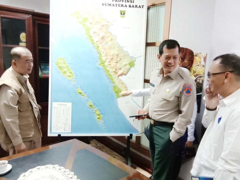 Kepala BNPB Doni Monardo, Kunjungi Sumatera Barat
