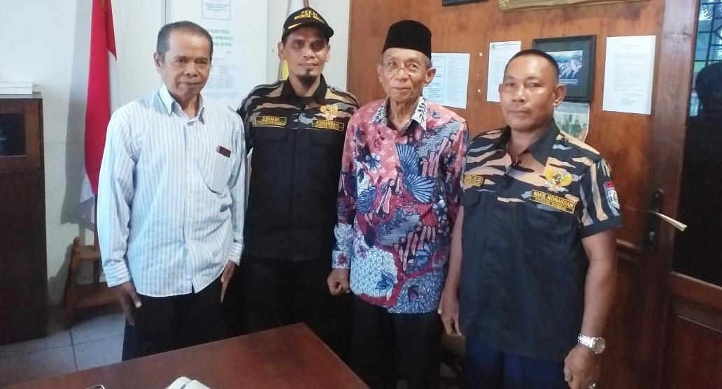 Cederai Adat Istiadat Minangkabau, Zuyen Rais Minta Walkot Padang Menutup Kafe Hot Station