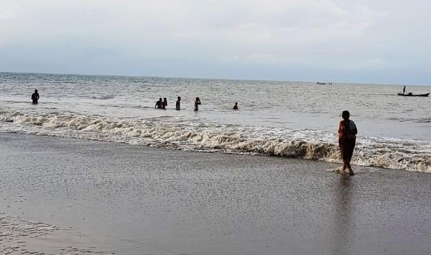 Bocah Hanyut di Pantai Sikabaluan, Satu Selamat Satu Orang Hilang