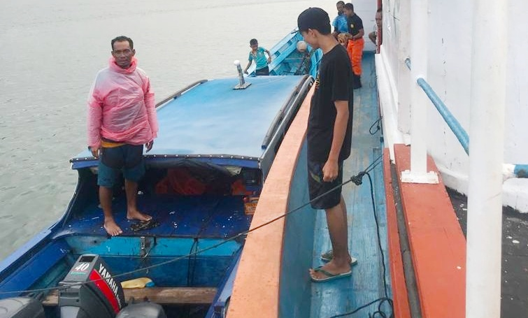 Sempat Hilang Kontak, Akhirnya Boat Disperindag Mentawai Bersama Penumpang Selamat