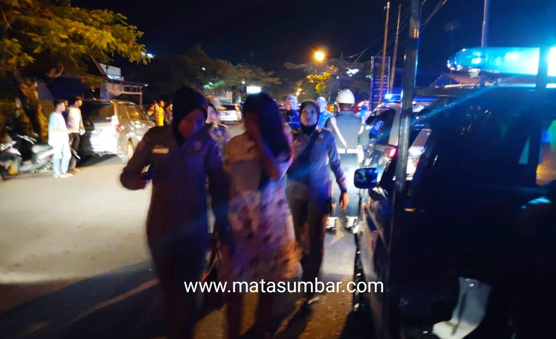 Tak Kantongi KTP, Petugas Gabungan Amankan 21 Orang di Tempat Hiburan Malam
