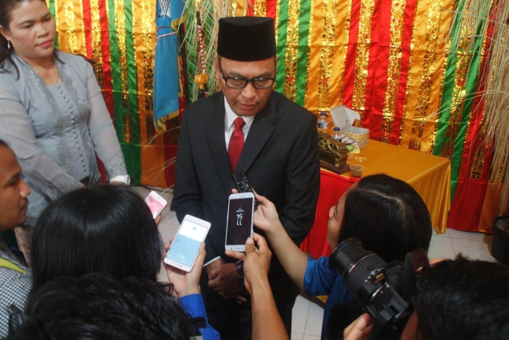 Bupati Mentawai Yudas Sabaggalet Ajak Anggota DPRD Bersama Bangun Daerah