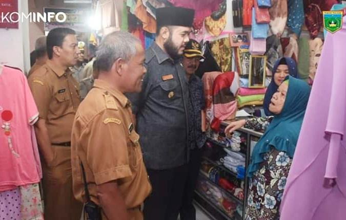 Serap Aspirasi Pedagang, Fadly Amran Turun Ke Pasar Pusat Padang Panjang