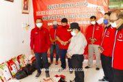 DPRD Mentawai Dari Partai PDIP Salurkan Bantuan Sembako Untuk Warga Pogari