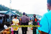 Koramil 04/Sikakap Sosialisasi Pengunaan Masker di Pasar Ikan Masabuk Jelang New Normal