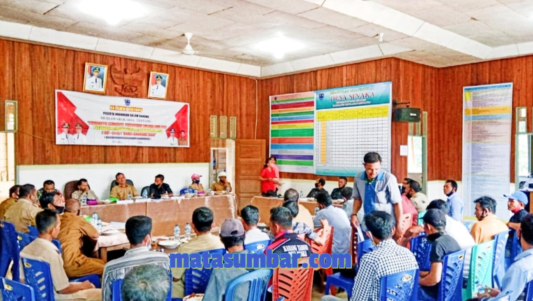 Babinsa Koramil 04/Sikakap Hadiri Musdes RKPDES Desa Sinakak