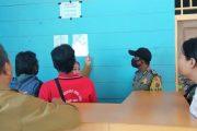 Penertiban Izin Cafe di Kawasan Mapaddegat, Petugas Kecamatan Didampingi Bhabinkamtibmas Polsek Sipora