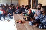 Koramil Bersama Polsek Sikakap Sosialisasi Pencegahan Kekerasan Terhadap Anak dan Penertiban Masker