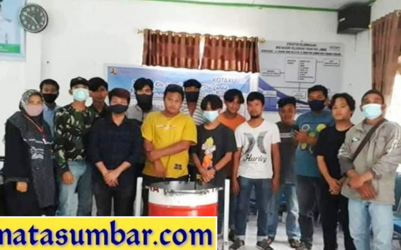 Berdayakan Masyarakat, Remaja TPL di Latih Teknik Las