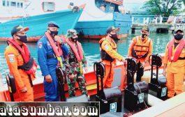 Cuaca Buruk, Pencarian Nelayan Hilang di Perairan Pantai Sigapokna di Lakukan Esok Hari