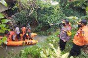 Antisipasi Banjir, BPBD, SAR Mentawai dan TNI-Polri Susur Aliran Sungai di Desa Sido Makmur
