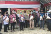 Polres Mentawai Kembali Berbagi Sembako Beras Polri 60 Paket di Desa Tuapejat