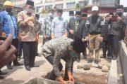 Milad ke-91 Ponpes MA KMM, Wako Fadly Lakukan Peletakan Batu Pertama Asrama Putra