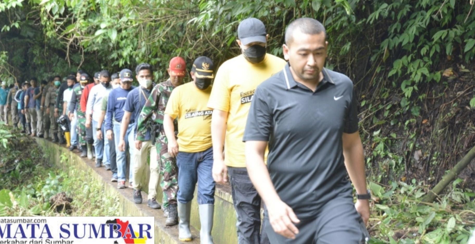 Sambil Berkunjung, Wagub Sumbar Bersama Wako Fadly dan Masyarakat Goro di Lokasi Objek Wisata
