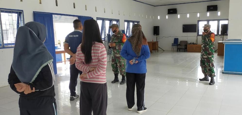 Satgas TMMD Latih Personel Syahbandar Sikakap Dasar PBB