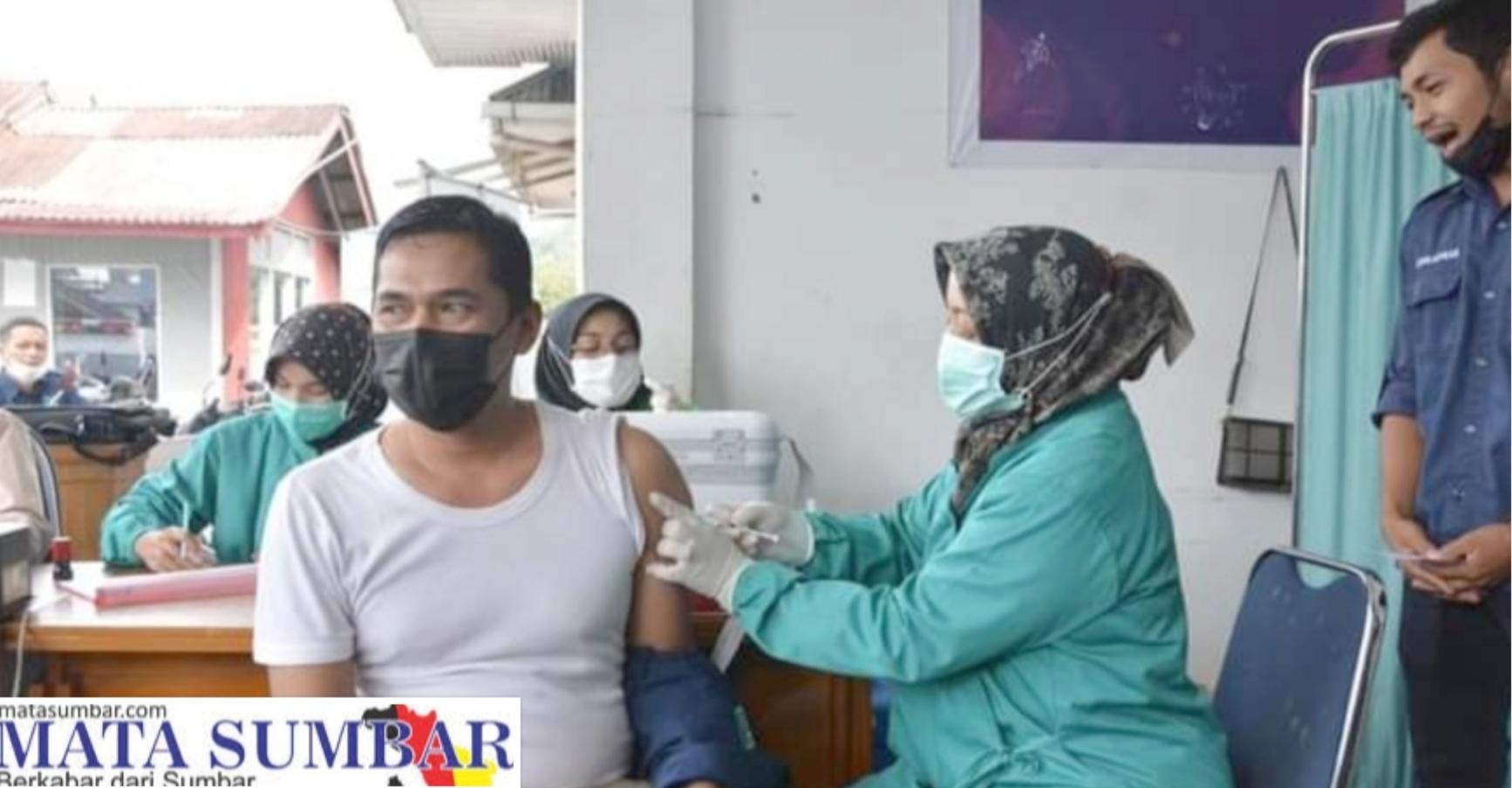 Vaksinasi Tahap Kedua di Ikuti 365 ASN, 2 Timkes dan 25 Calon Jemaah Haji