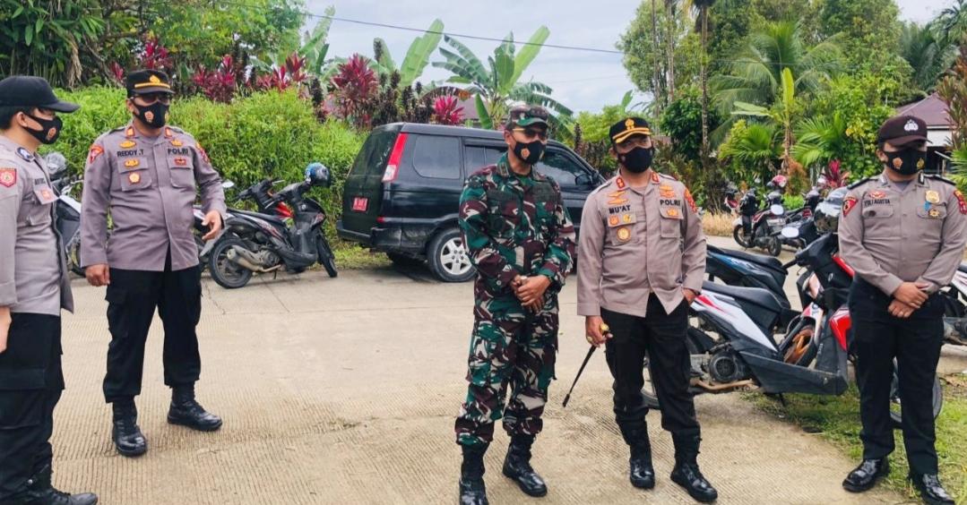 Sinergitas Pimpinan TNI-Polri di Mentawai Dalam Pengecekan Pengamanan Ibadah Paskah